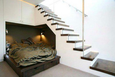 階段下のベッドルーム_[0].jpg